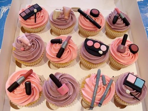 109206-Makeup-Cupcakes